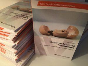 Buchcover-Moderner-Tanz-und-Tanztherapie1