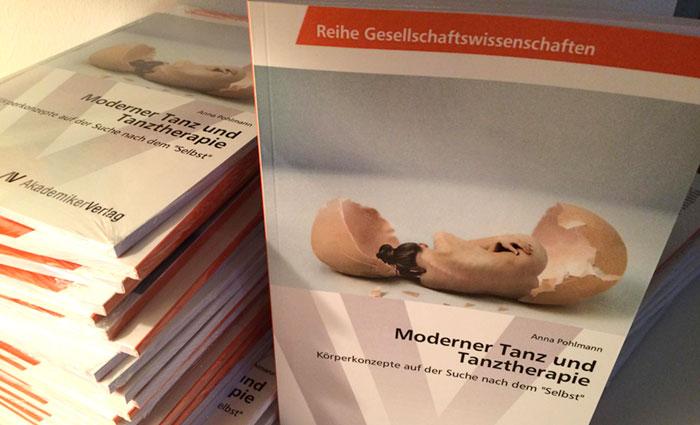 Buchcover-Moderner-Tanz-und-Tanztherapie